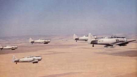 T6 au-dessus du Sahara