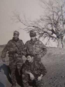 Trois militaires du commando, dont deux harkis