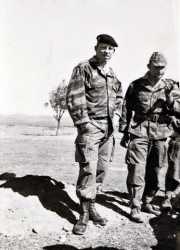 Deux hommes du commando