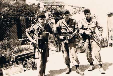 VIALAR - Des militaires