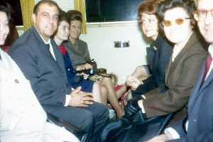 dans le train ...  Yvette EGRETEAUD Alexandre et Lydia DUVAL Guy ROSET ...