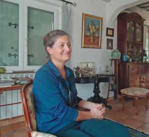 Evelyne BANON Epouse de Philippe BANON originaire des Baux de Provence Habite MOURIES (13) le pays des Olives