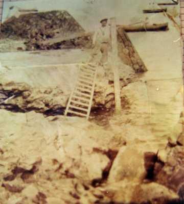 La construction du Port de TENES en 1895