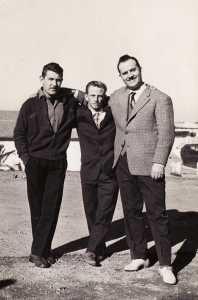 Jacques CUCINIELLO et ses copains ---- un Militaire CUCINIELLO Jacques PELOSI Bruno