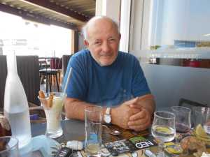 GIGEAN le 16 Juin 2020 Daniel MANSION (78 ans) en visite chez Alice TORREGROSSA
