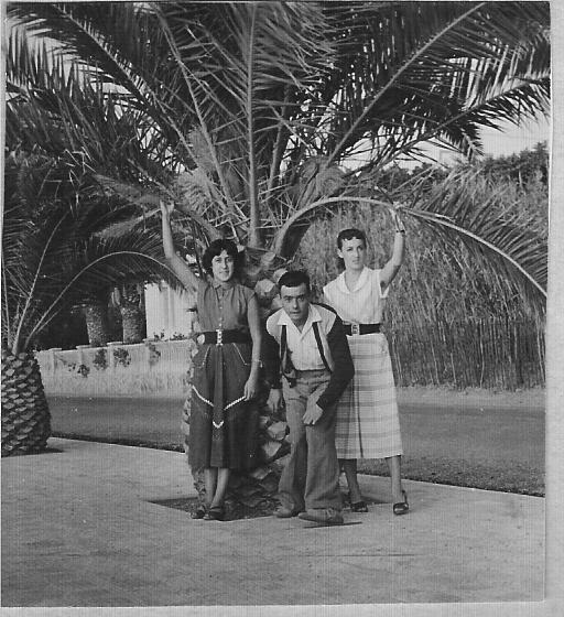 1950 - TENES  Denise XICLUNA Fernand LLINARES Annie LASSUS