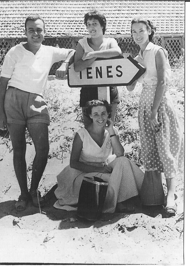 1953 - TENES Claude Segura Denise XICLUNA Annie LASSUS Maguy LASSUS