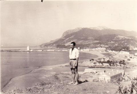 """Lucien PETROWSKI """"Igor"""" sur les hauteurs de TENES en 1958"""