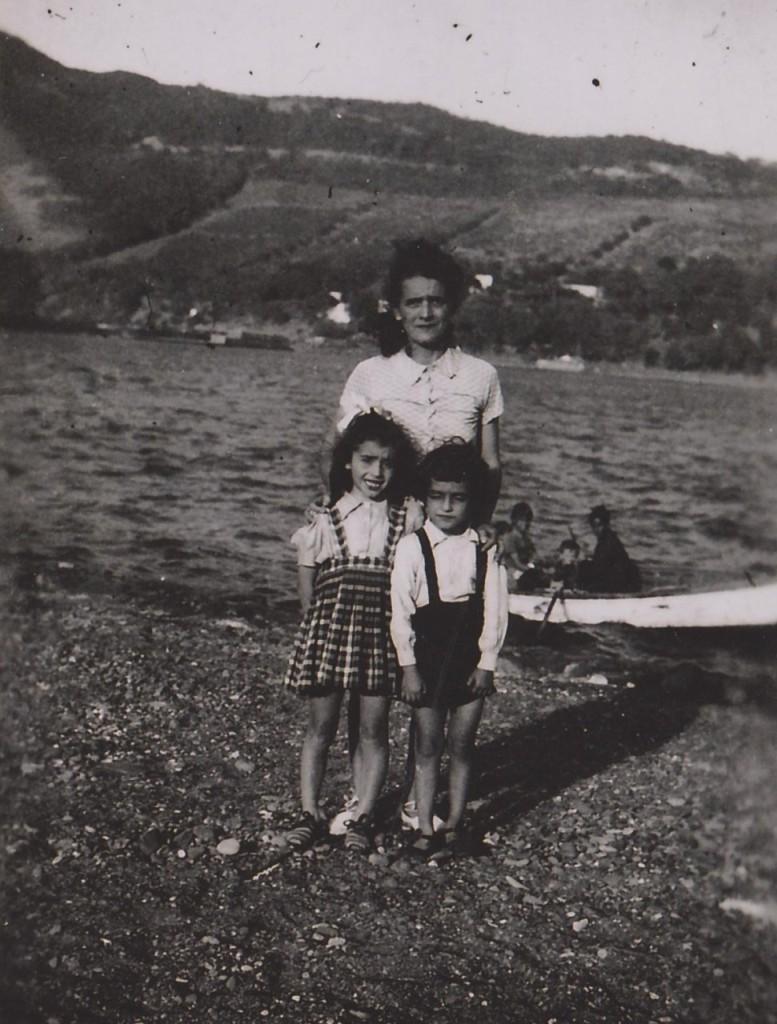 """Conception GOMES """"Nini"""" et ses enfants  Bernadette et Charlie SEROR"""