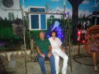 Marc et Martine RODRIGUEZ ---- Enseignants ---- 34 - MONTPELLIER ---- Dimanche ----  Famille GAYS