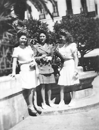 Alger - Avril 1947 ---- Josette BERNICOLA X Lucienne BERNICOLA