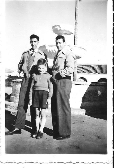 1950 - TENES ---- Loulou XICLUNA Daniel MANSION Pierrot LASSUS