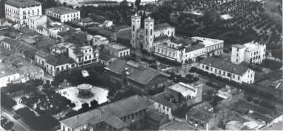 ORLEANSVILLE en 1954 avant le tremblement de terre