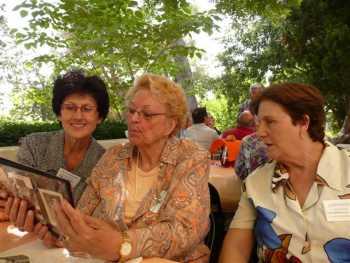 RETROUVAILLES TENESIENNES 2009 ---- Marie-Paule LANGENDORF Rosette WERY  Anielka LANGENDORF