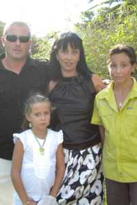 Eric LECLERC Magali MARIN (fille de Zouzou) et leurs enfants Romain & Jade