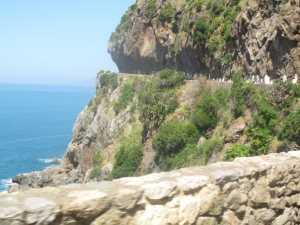 Route en corniche  entre Boucherghal et Oued Goussine (la baie des Souahlias)