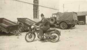 Guy PONS en moto