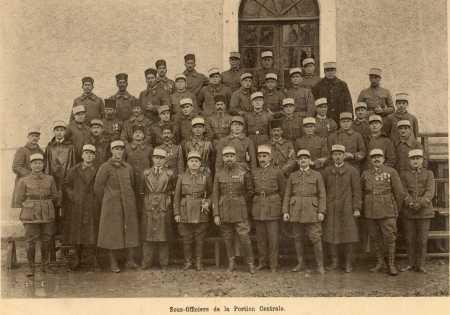 """Sous-Officiers de la """"portion centrale"""""""