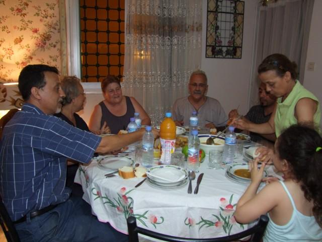Accueil chez Houria DERAMCHIA repas traditionnel et chorba