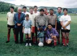 Photo Georges VICIDOMINI ---- FOOTBALL CLUB VICIDOMINI Joseph VICIDOMINI et ses 6 fils et petits enfants