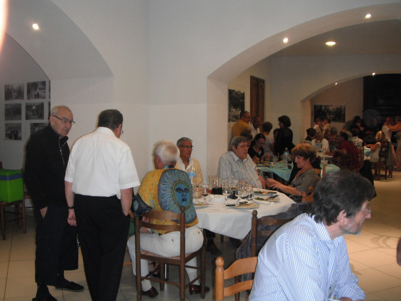Armand TUESTA Claude SALA (de dos) x Jean-Pierre TUESTA Jacques RAU Sylvie FEREDJ Patrick SERMESANT