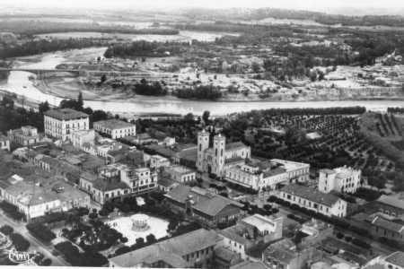 ORLEANSVILLE ----    Images du Tremblement de Terre - 1954