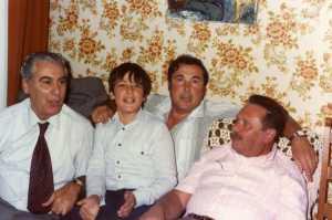 La Ciotat 23 oct 1983 Chez la famille BERTONA --- Alexandre CARCELES F. DELAIGLESIA Roland DELAIGLESIA Guy WERY