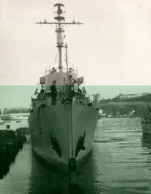 "Le P618 ""Fantassin""  au port d'ORAN"