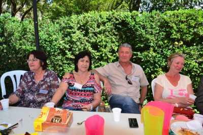 LA VIERE 2014 Famille ESPOSITO ---- Yvette FAYET Marie-Christine ESPOSITO Francis BARTOLI Brigitte ESPOSITO