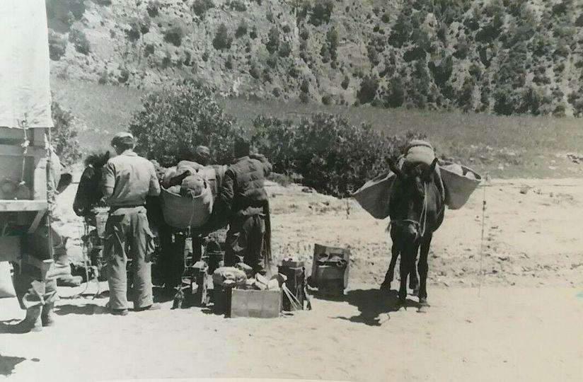 Mai 1957 - Ravitaillement  pour un commando marine