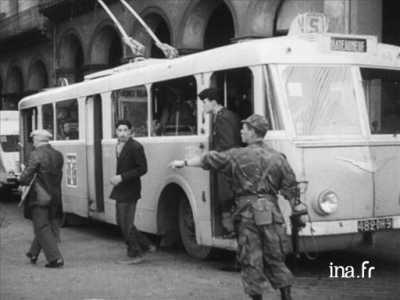 La Bataille d ALGER - 1957 Controle d'un Trolley