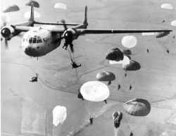 larguage de parachutistes avec un nord-atlas